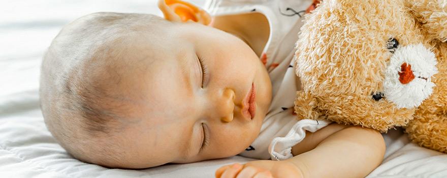 Bebeğimi nasıl kolay uyuturum ? Uyku arkadaşı nedir ?