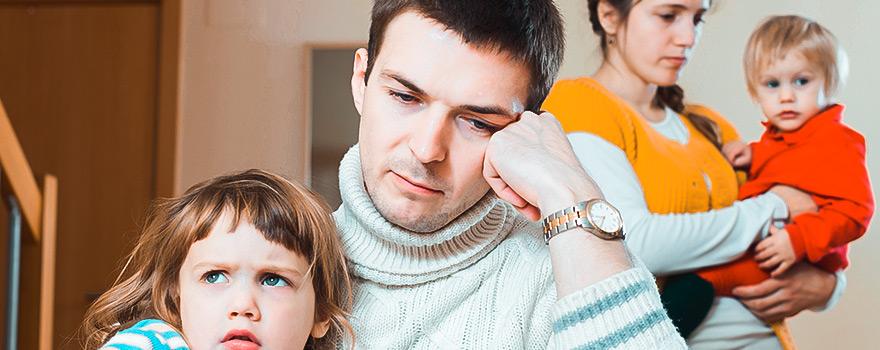 sık bakıcı değiştirmenin ailedeki sonuçları